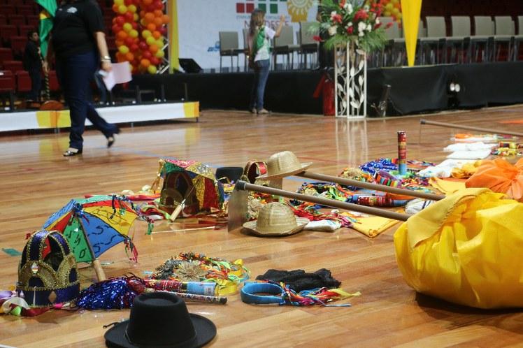 Objetos utilizados na apresentação artística