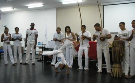 jornada_das_relacoes_etnicas_15_20101119_1603403183.jpg