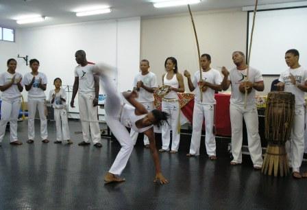 jornada_das_relacoes_etnicas_17_20101119_1878710287.jpg