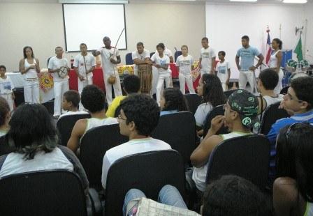 jornada_das_relacoes_etnicas_18_20101119_1202308272.jpg
