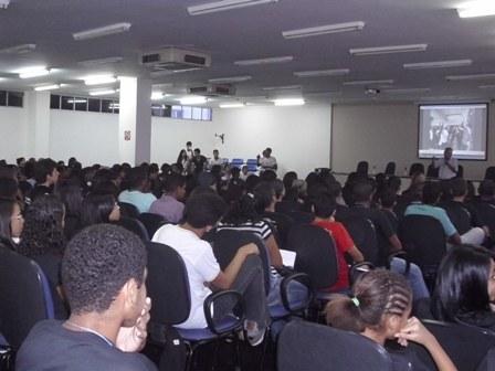 ii_semana_das_profissoes_do_campus_salvador_14_20110728_1583864354.jpg