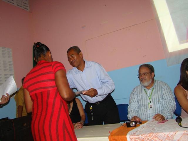 formatura_de_certific_salinas_da_margarida_19_20120228_1760296455.jpg