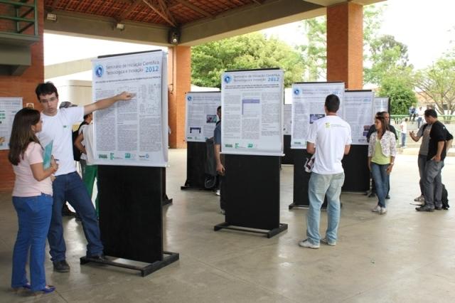 seminario_de_iniciacao_cientifica_tecnologica_e_inovacao_do_ifba_16_20121120_1786024342.jpg