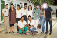Foto - alunos aprovados + professores e monitores-Vera e Jacque.jpg