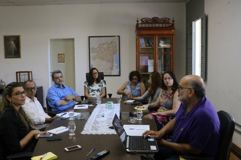 Reunião na Reitoria sobre projeto Universidade de Verão